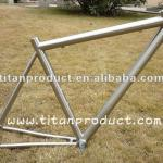 Titanium Road Frame with Di2 Cable Running and PF BB30 Shell-