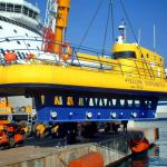 Semi-submarine for tourism-